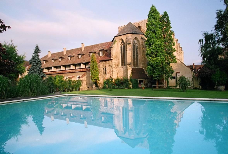 Klostergarten mit beheiztem Pool