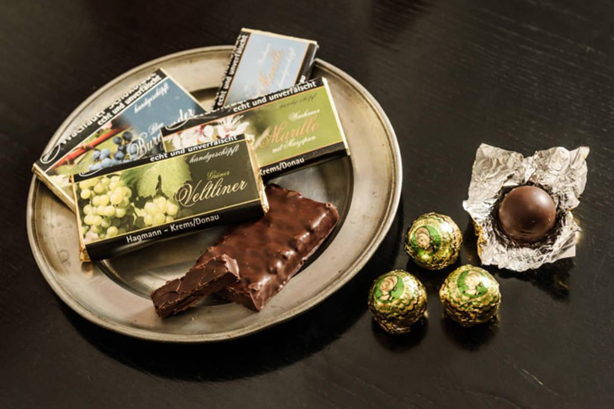 Verführerisch und zart schmelzend: Schokolade und Wachauer Kugeln