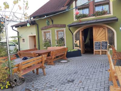 Weingut & Buschenschank Wallner, Arbesthal
