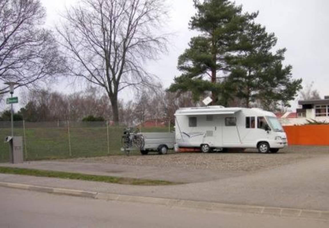 Wohnmobilstellplatz Hallenbad