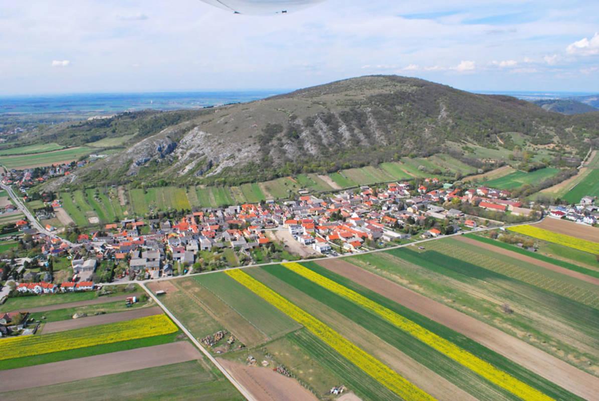 Luftbildaufnahme Hundsheim