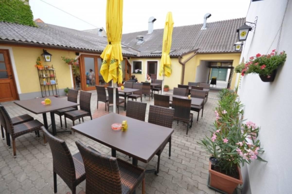 """Gasthaus """"Zum Pressburger"""""""