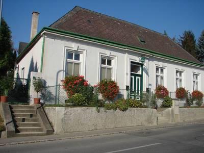 Hauerhof 99, Weingut und Ferienapartments