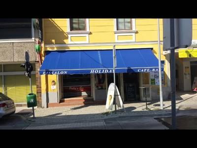 """Eissalon """"Holiday"""" Café-Bar"""