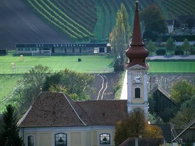 Pfarrkirche Großriedenthal