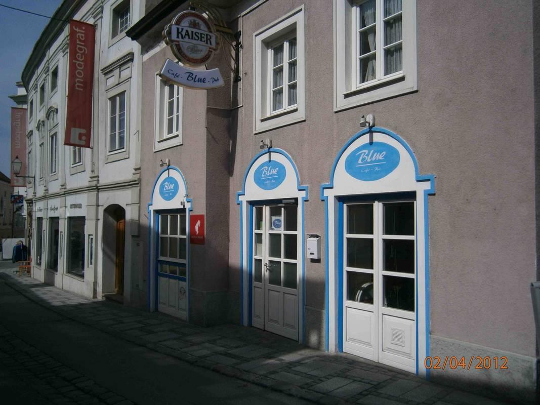 """Café-Pub """"Blue"""""""