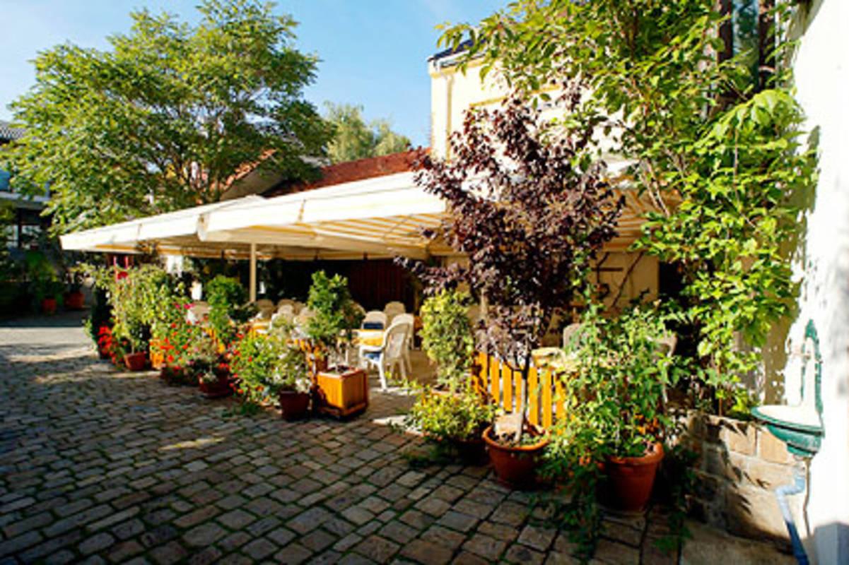 Café- Restaurant-Pension Zeitlos