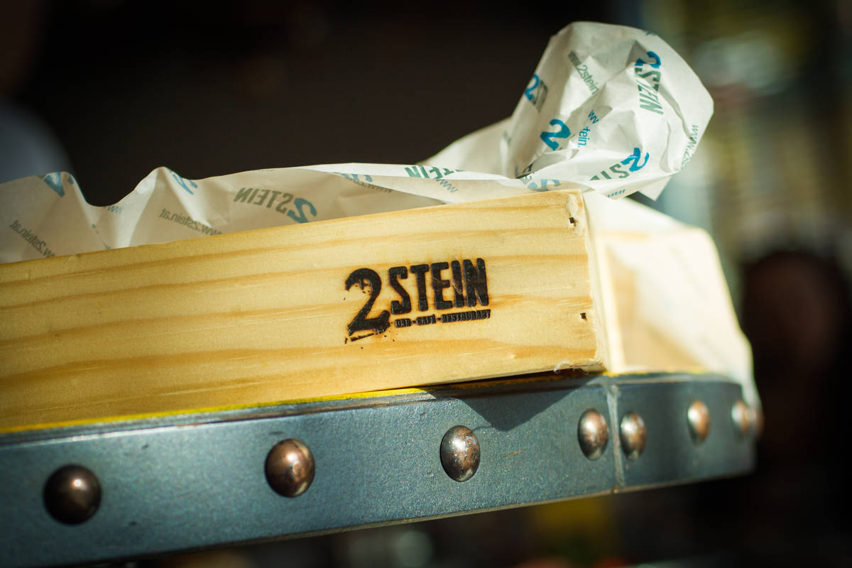 2Stein Bar-Café-Restaurant