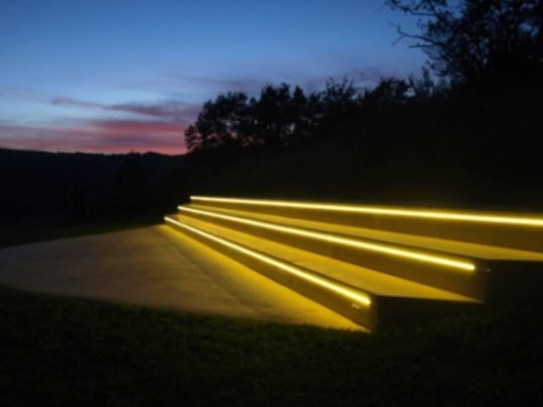 Schaubühne bei Nacht