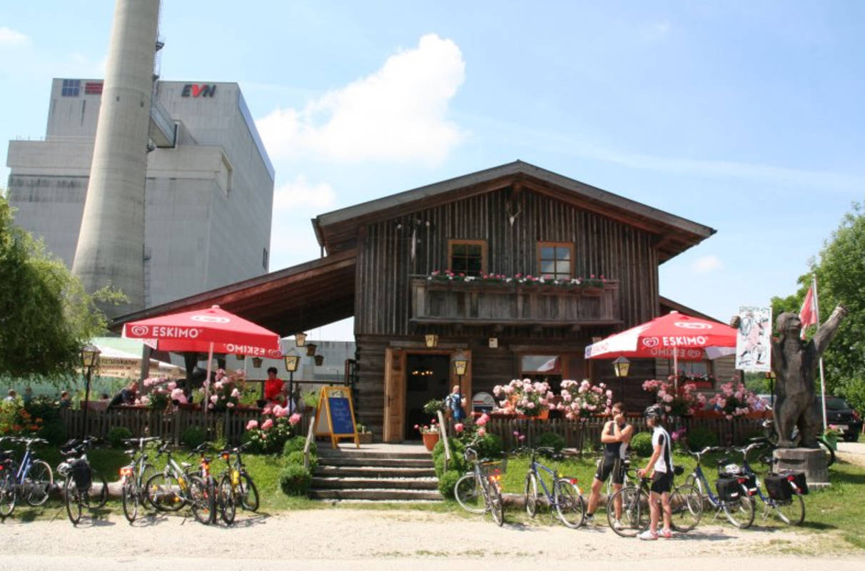 Aussenansicht Bärndorfer Hütte