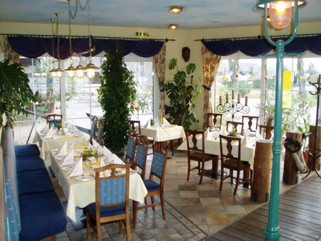 Restaurant-Erlebnis im Schifffahrtsstil