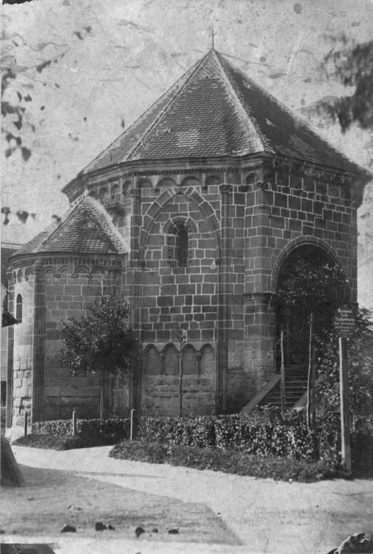 Spätromanischer Karner, um 1875