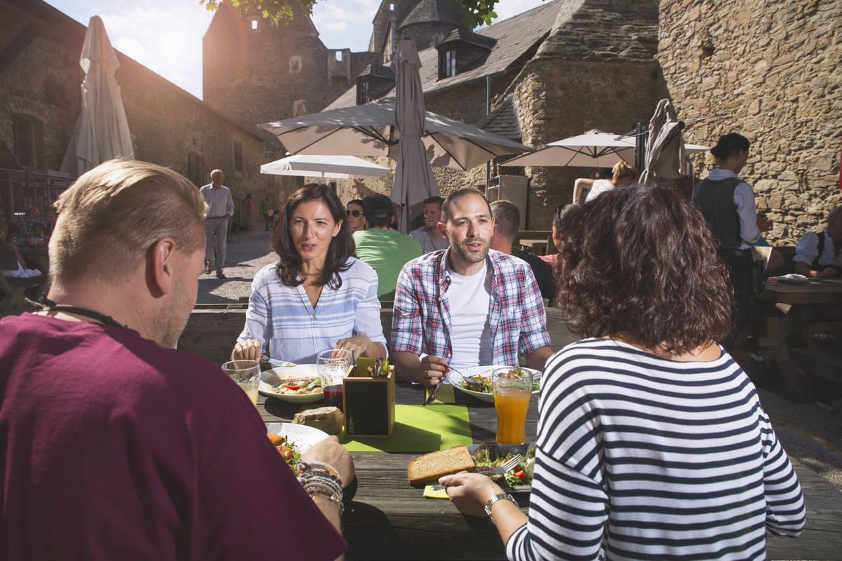 Kulinarische Genüsse auf der Burgruine Aggstein