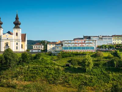 Basilika und Schachner