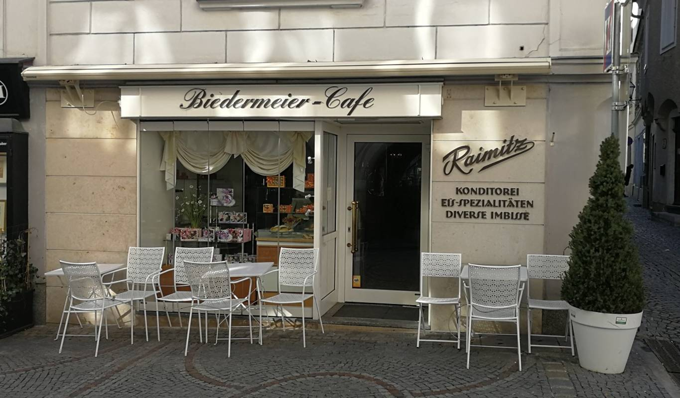 Biedermeier Cafe