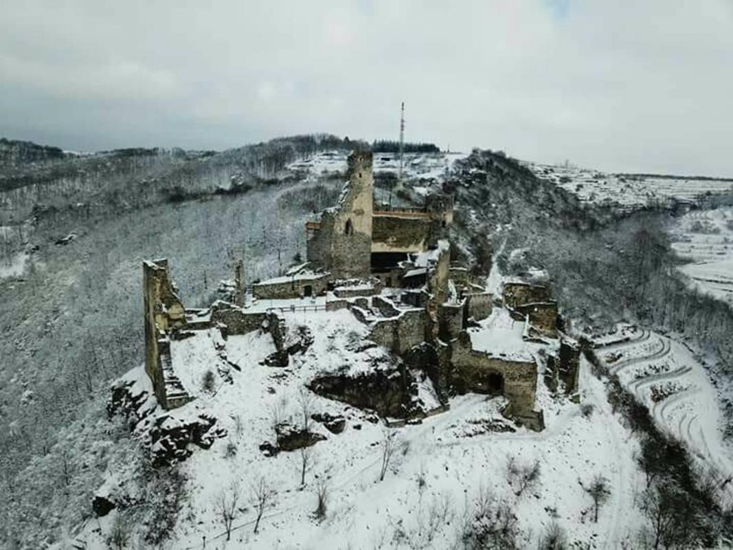 Burgruine Senftenberg bei Winter