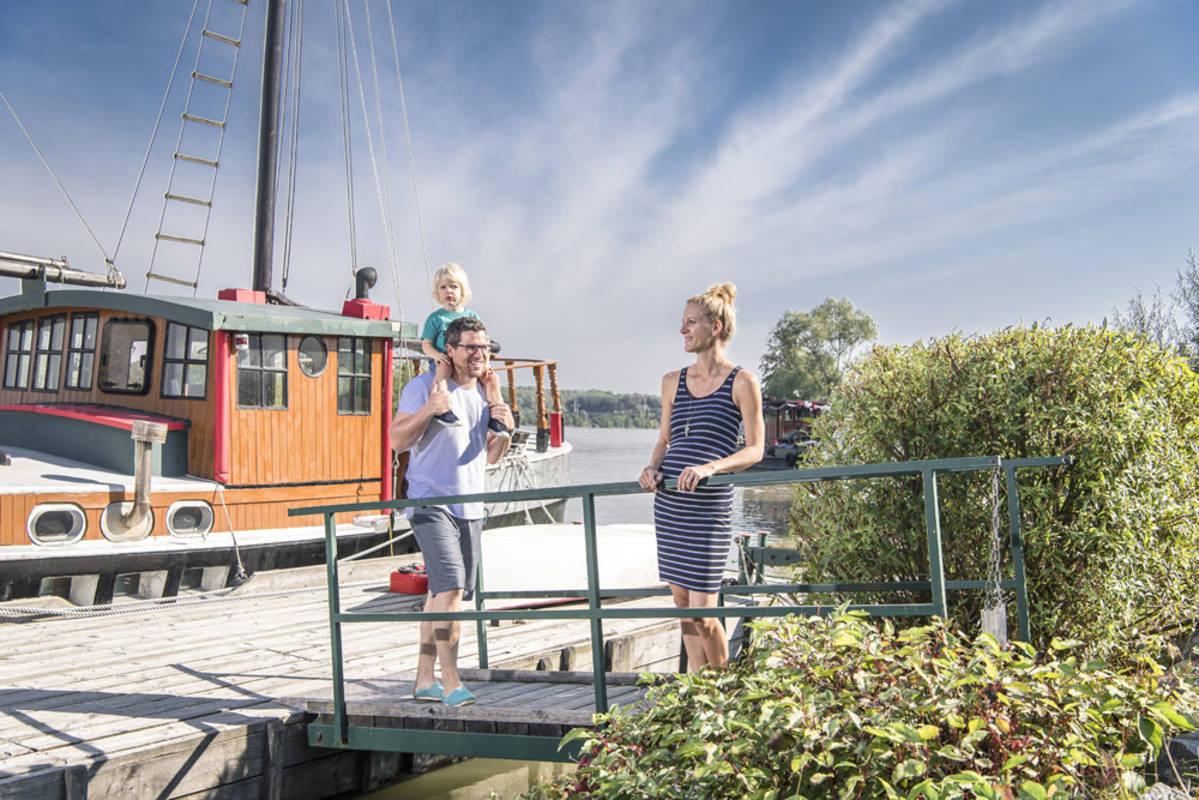 """Hundertwasserschiff """"Regentag"""""""