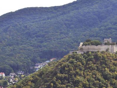 Blick auf den Schlossberg Hainburg