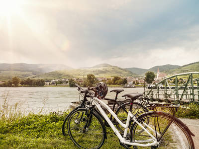 Donauradweg-Wachau-Weissenkirchen-Sommer