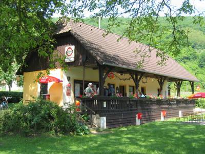 donaustueberl_strandbuffet-_c_gemeinde-aggsbach
