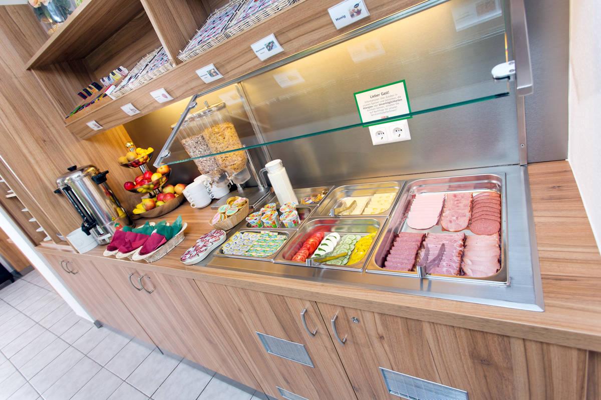 fruehstuecksbuffet_1