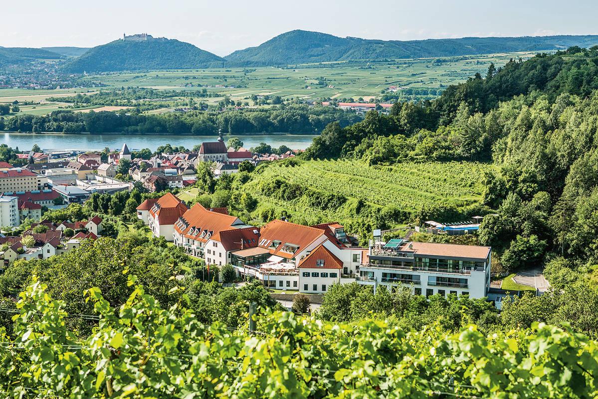 Hotel über der Stadt Krems