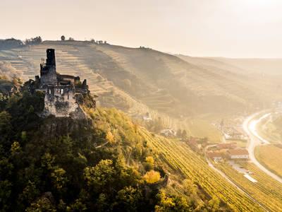 Herbstlandschaft-Ruine Senftenberg
