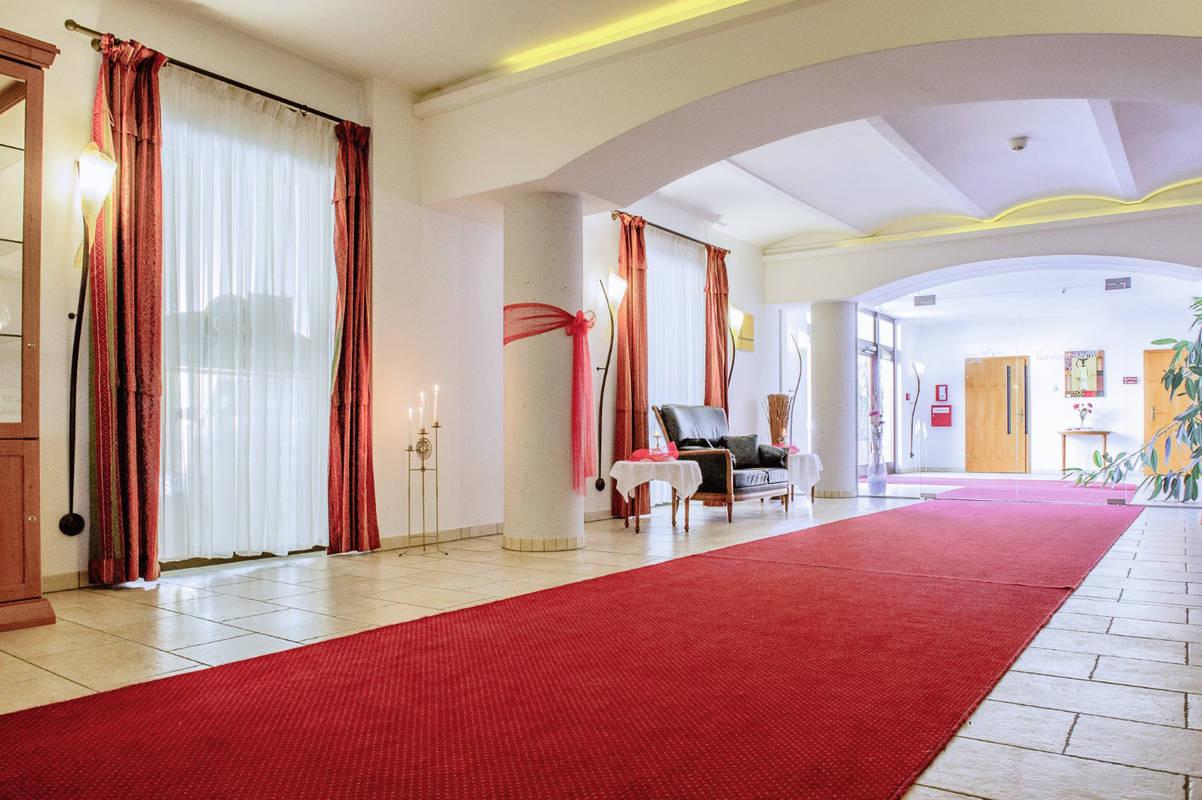 hotellobby_c_wachauerhof_bearbeitet