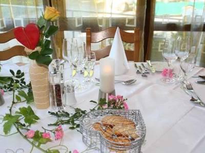 Vom Ripperl bis zum Galamenü, Freitag Wine&Dine, Samstag Candle Light Dinner, Biermenü jederzeit gegen Vorbestellung