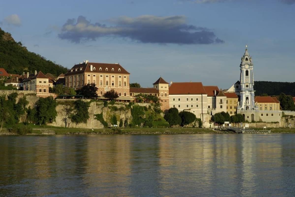 Aussenansicht Dürnstein und Schloss