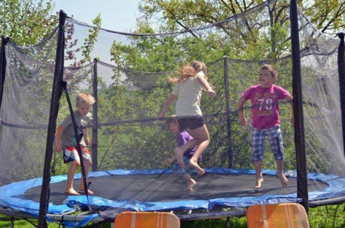 kerndlerhof_trampolin