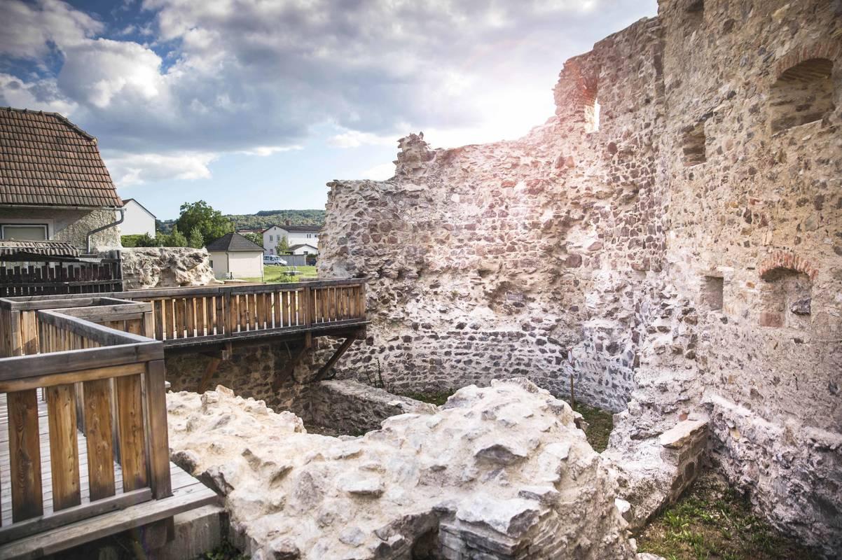 Römermauern in Mautern