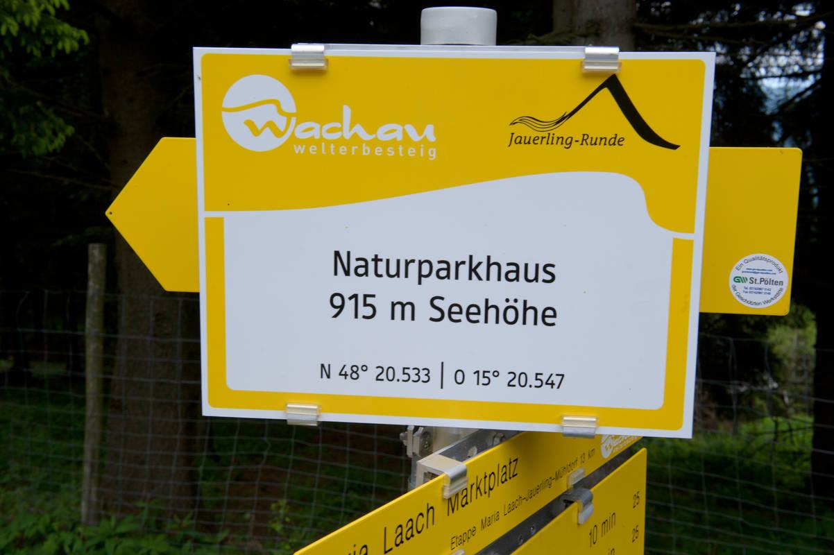 Info beim Naturparkhaus am Jauerling