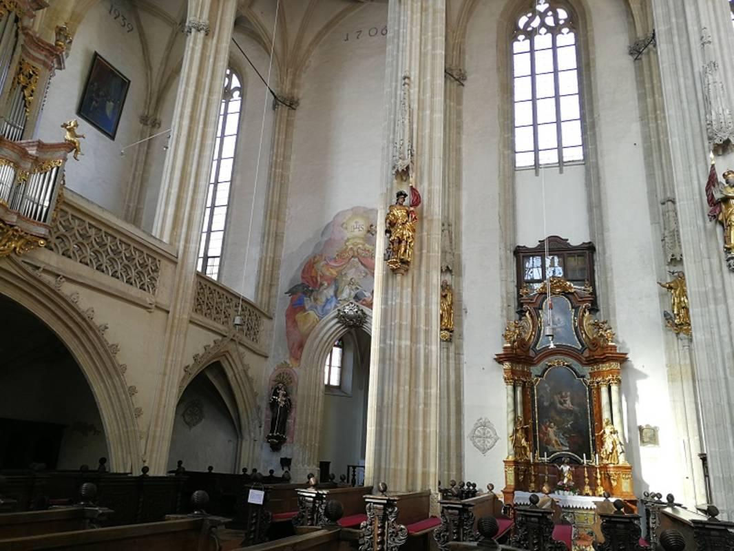 Piaristenkirche-Innenansicht