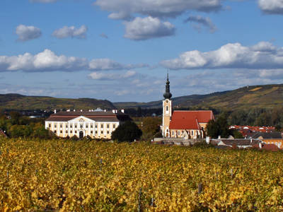 Das Schloss und die Kirche