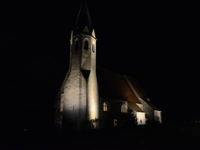 St. Johann im Mauerthale beleuchtet
