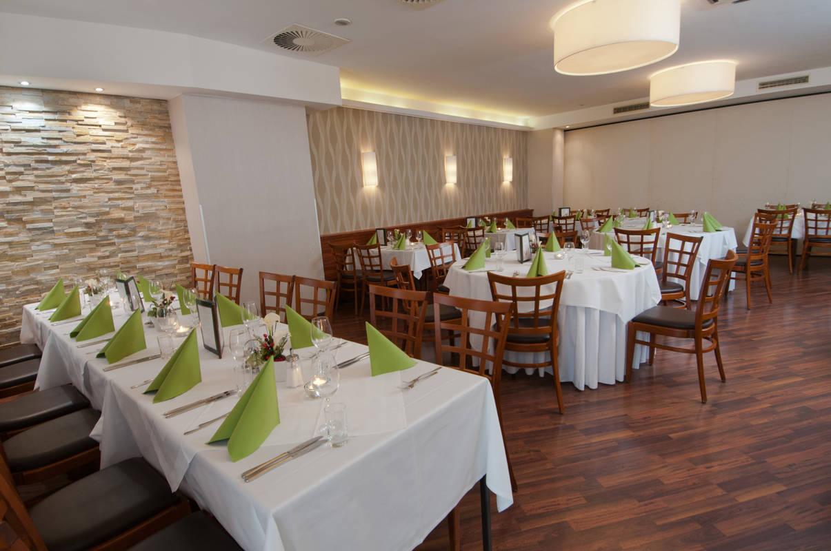 City Hotel Restaurant