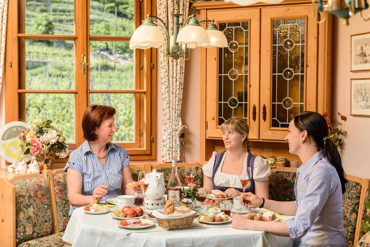 Frühstücksraum im Weinberghof Lagler
