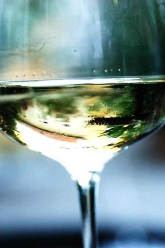 Weinglas © Steve Haider